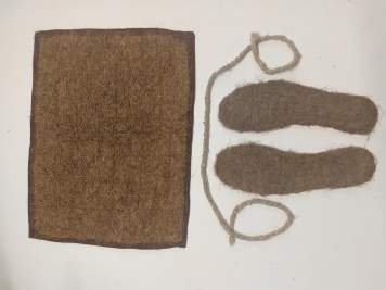Oak rug for a cat, nettle plait and aspen insoles